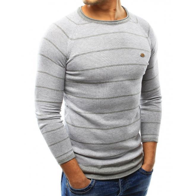 Pásikavý pánsky sveter v bielej farbe s okrúhlym výstrihom